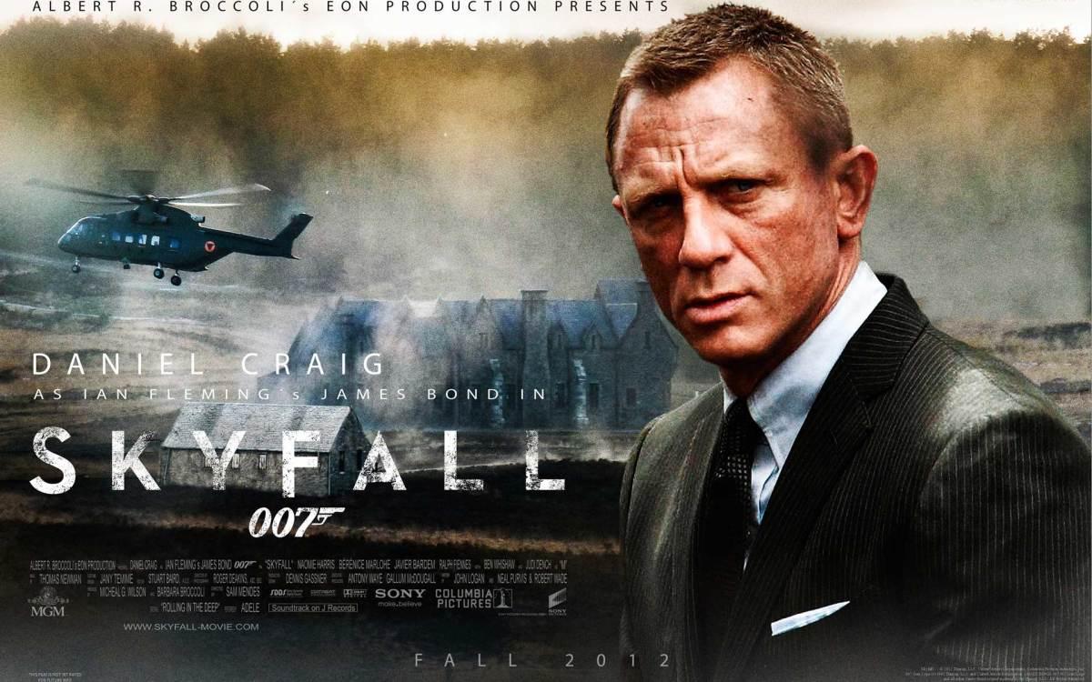 ian-flemming-and-bond-james-bond-007