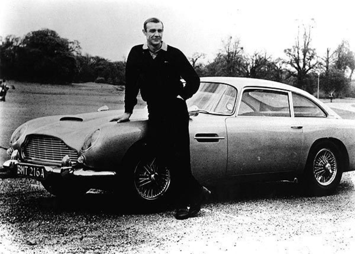 Flemming chose a Bently as the car of choice for our Bond hero.