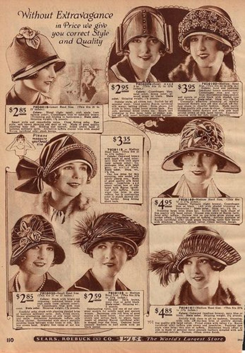 Cute hats from what looks like around the 1920s. Happy times!