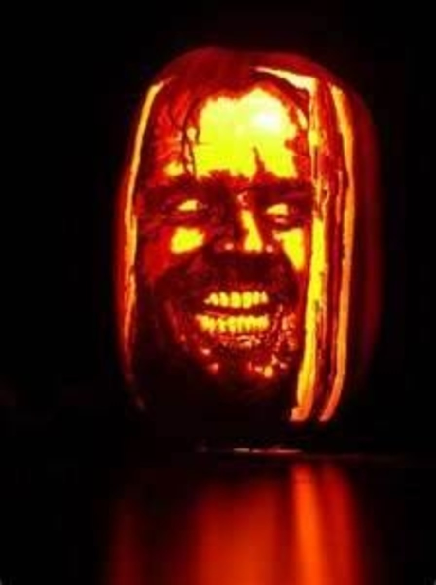 Expert carvers can create frightening portraits like this one of Jack Nicholson from the Shining. Photo from SOCYBETRY.
