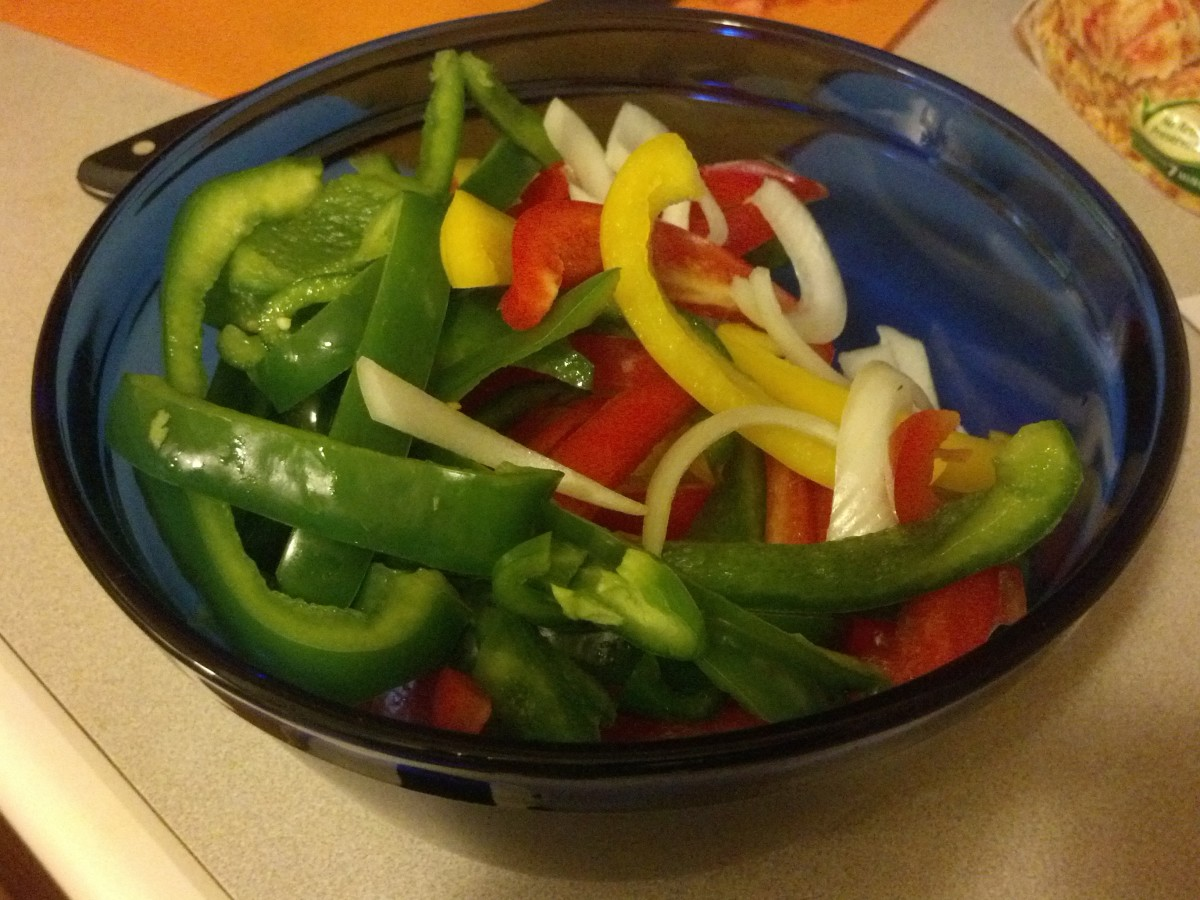 You can also prep the peppers and onions earlier in the day, so that after work or later in the day you can quickly cook the meal.