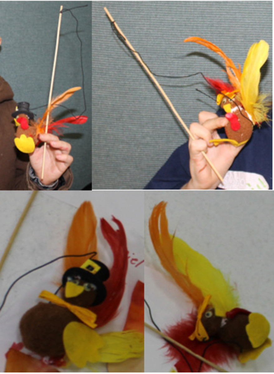 Pop Pom Turkey Puppet