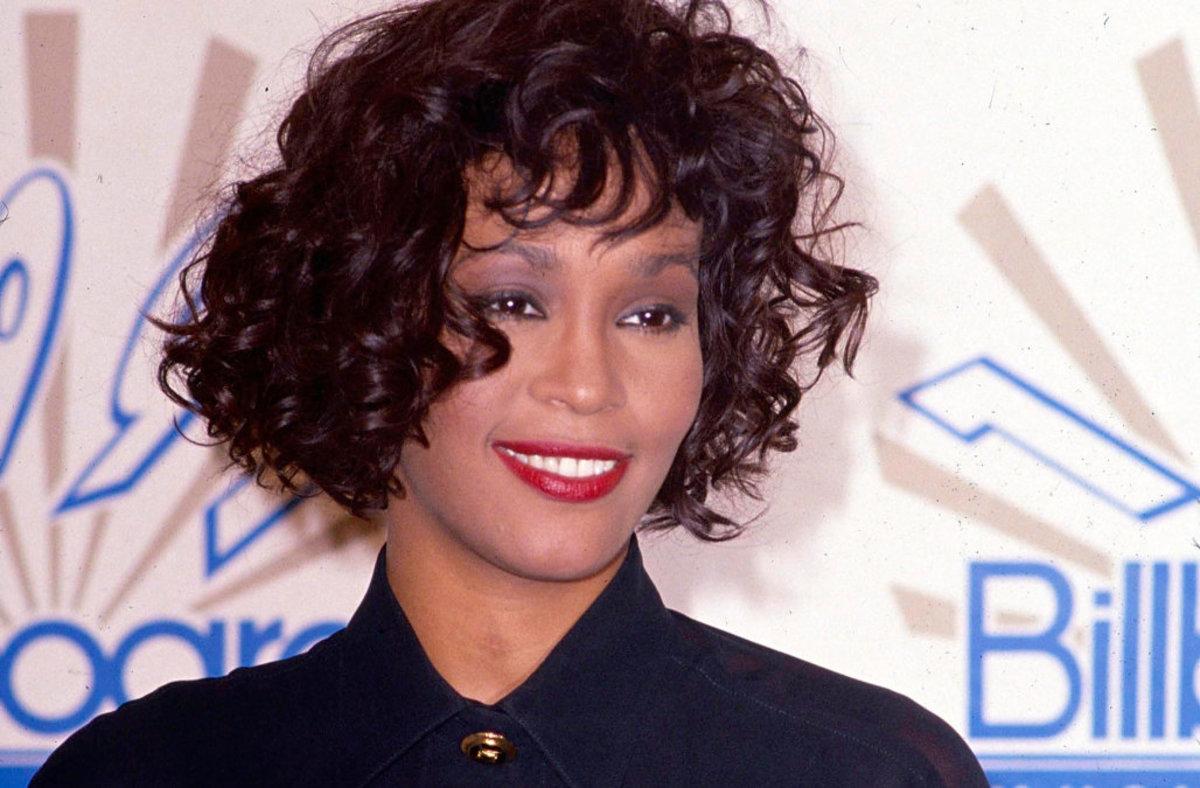 Top 25 Greatest Female Singers