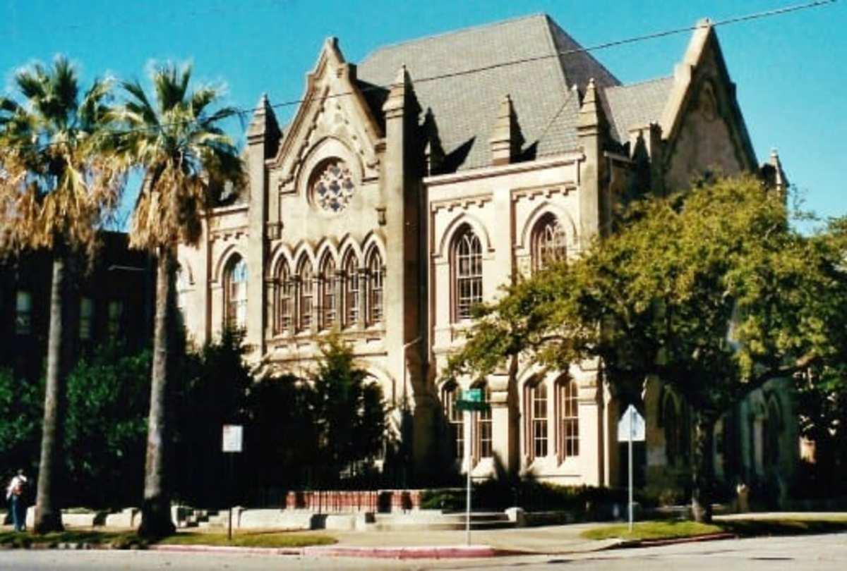 Eaton Memorial Chapel in Galveston, Texas