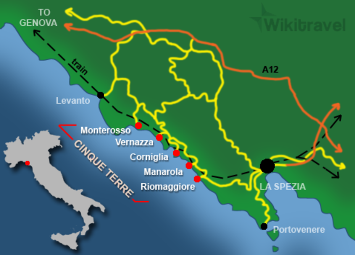 Map of the Cinque Terra, and where it is on the Italian coast
