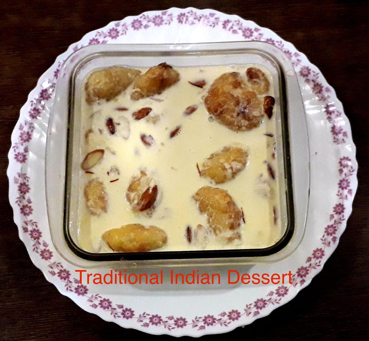 Traditional Indian Dessert-Creamy Malai Vada Recipe