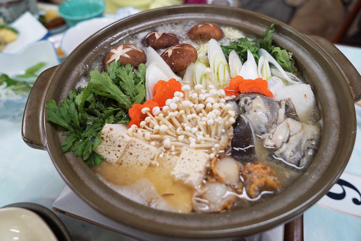 A hot pot of Nabe