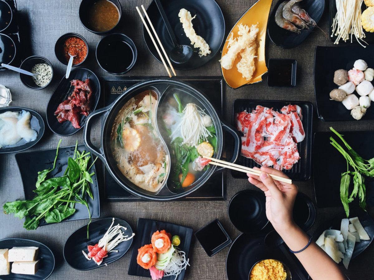 Yin Yang hotpot