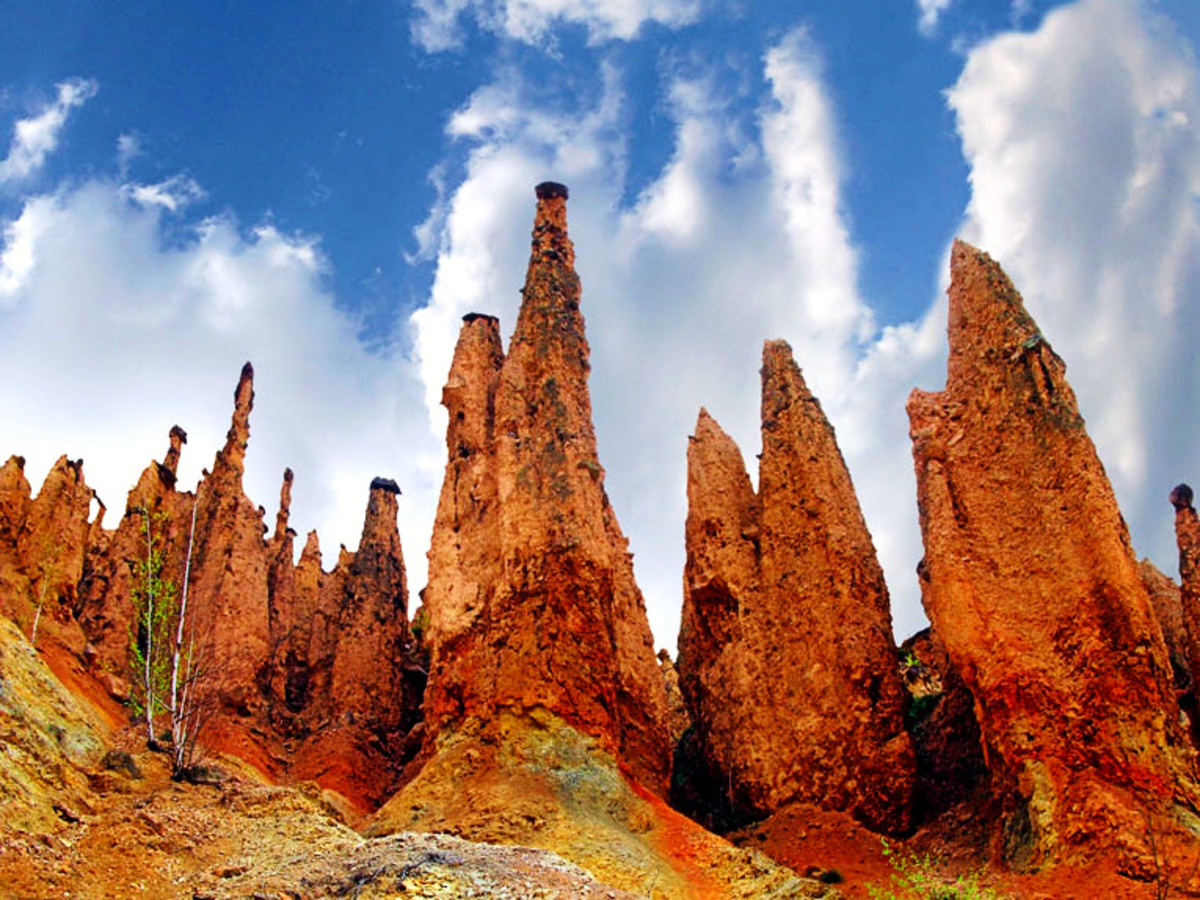 Devil's Town: a complex of natural rock formations