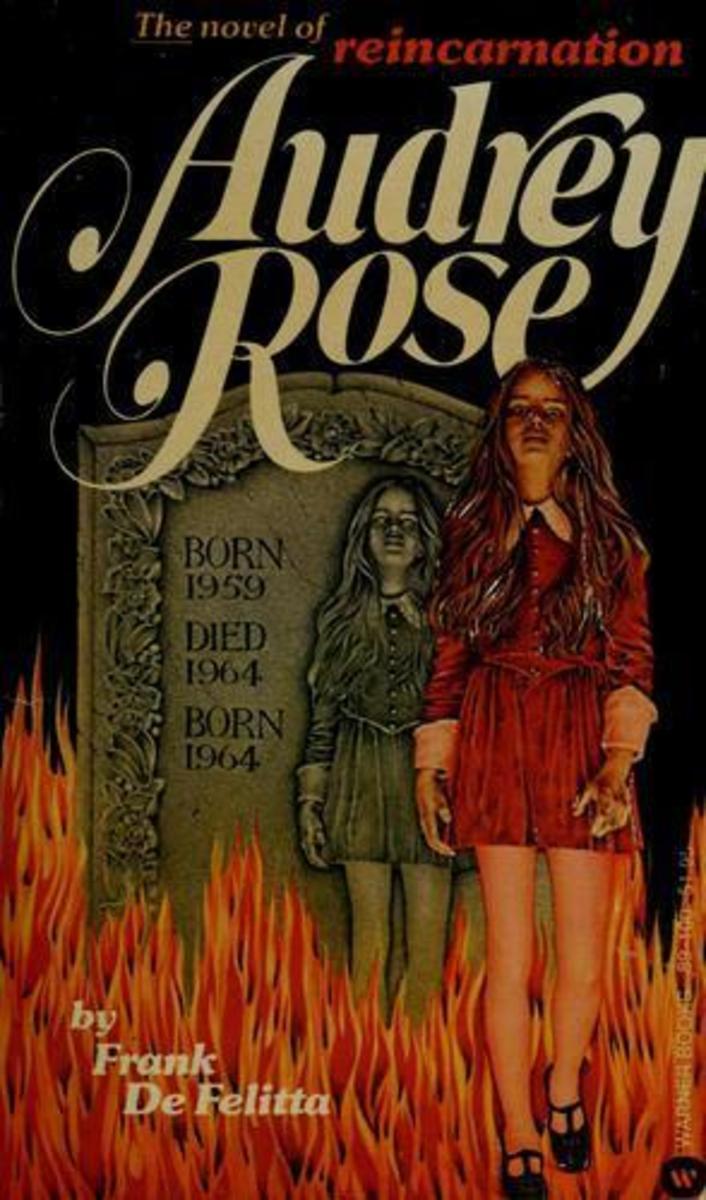 retro-reading-audrey-rose-by-frank-defelitta