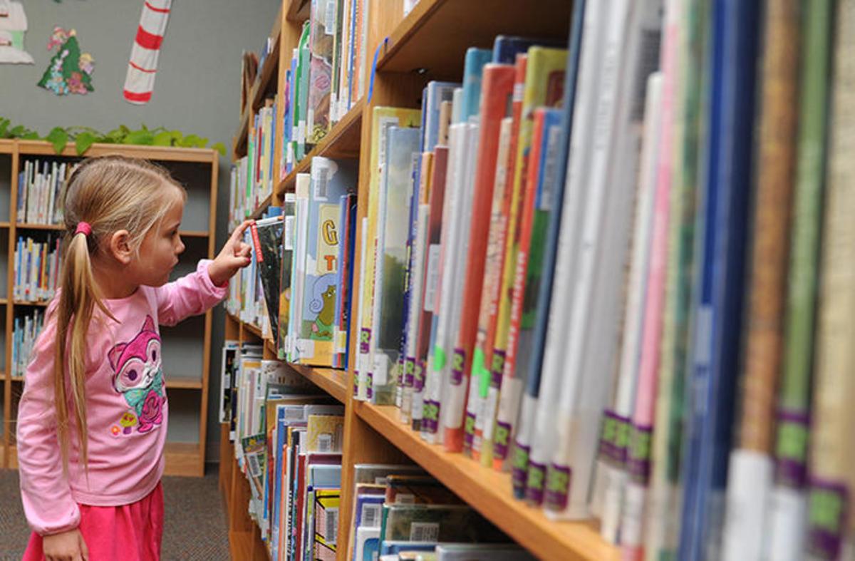 10 Children's Books Everyone Should Read