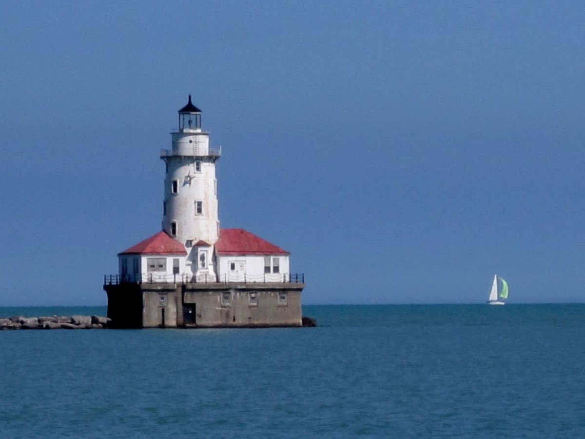 light-houses-on-the-mag-mile-chicago