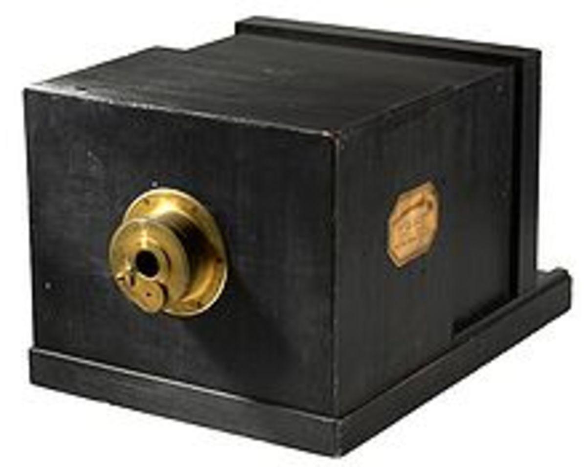 A daguerreotype camera.