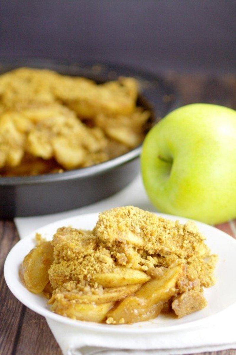 Apple Brown Betty with Graham Cracker Crumbs