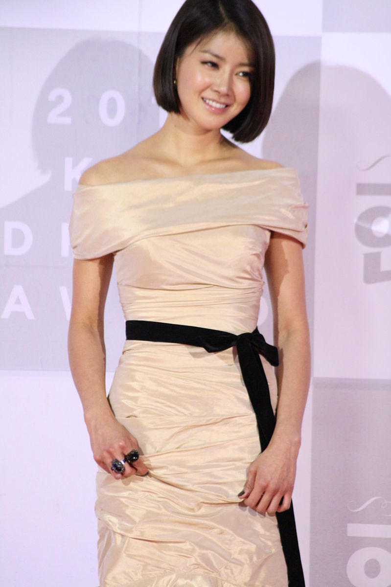 coolest-and-prettiest-korean-female-action-stars