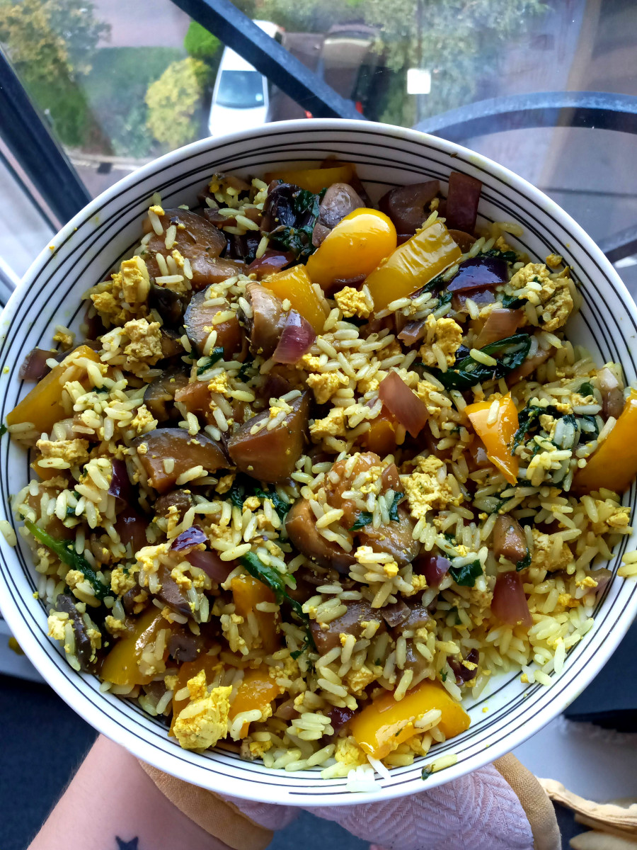 This mushroom and spinach fried rice also has tofu scramble in it and was really yummy