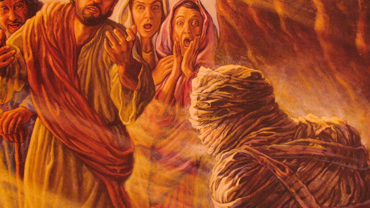 The resurrection of our dead loved ones will be experienced daily. Photo from brochure entitled, When Someone You Love Dies by Watchtower Bible  Tract Society or go to www.jw.org