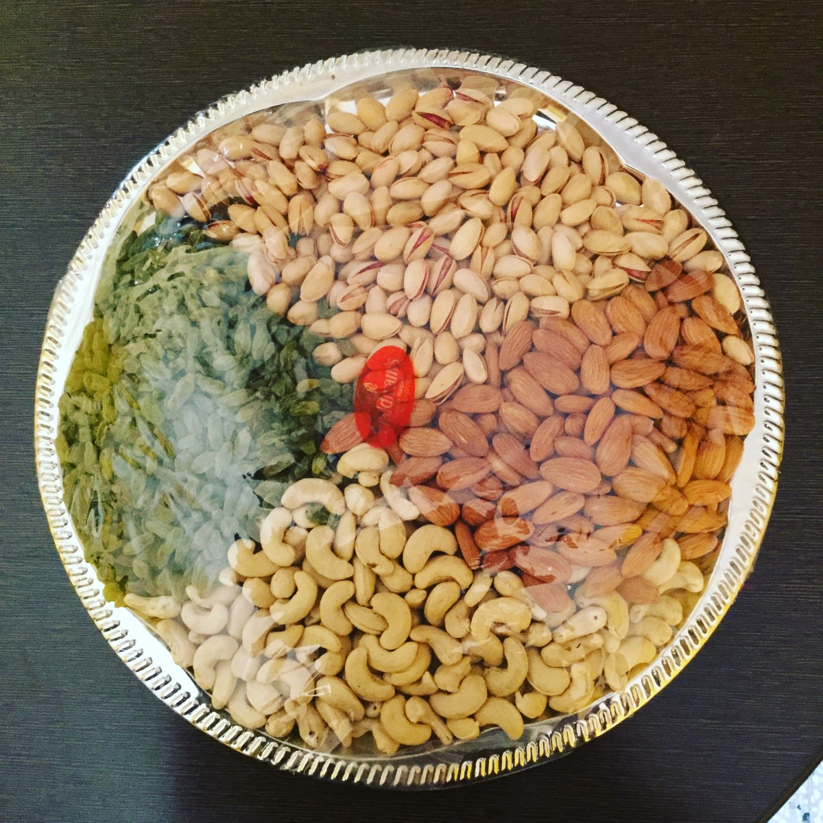 Dry fruits and nuts are the most popular gifts on Diwali