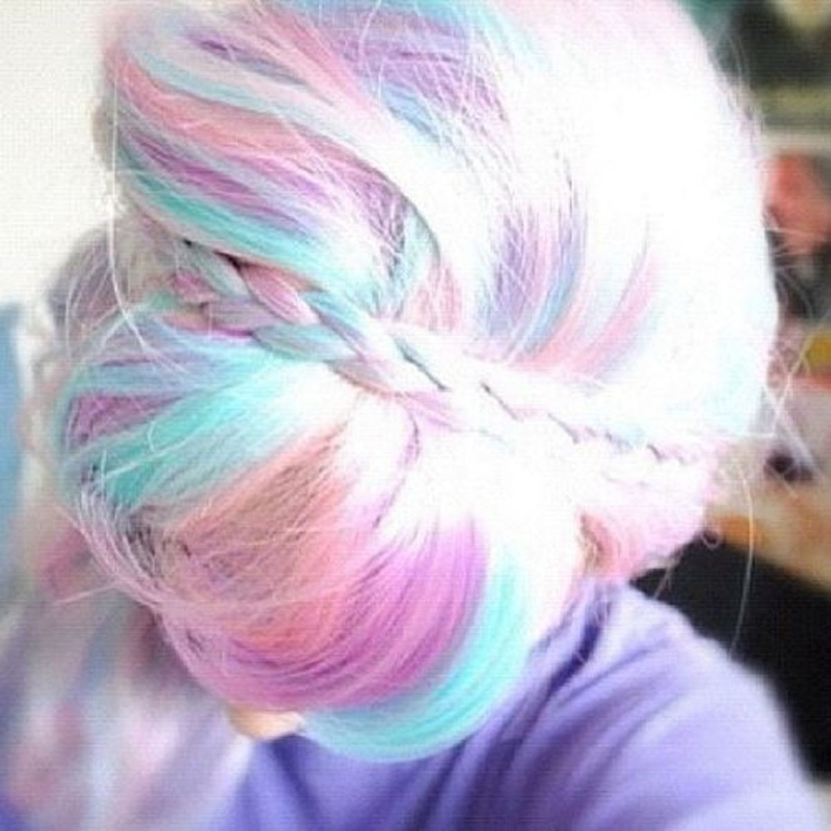 Hair Chalk: How to Use It Remove It