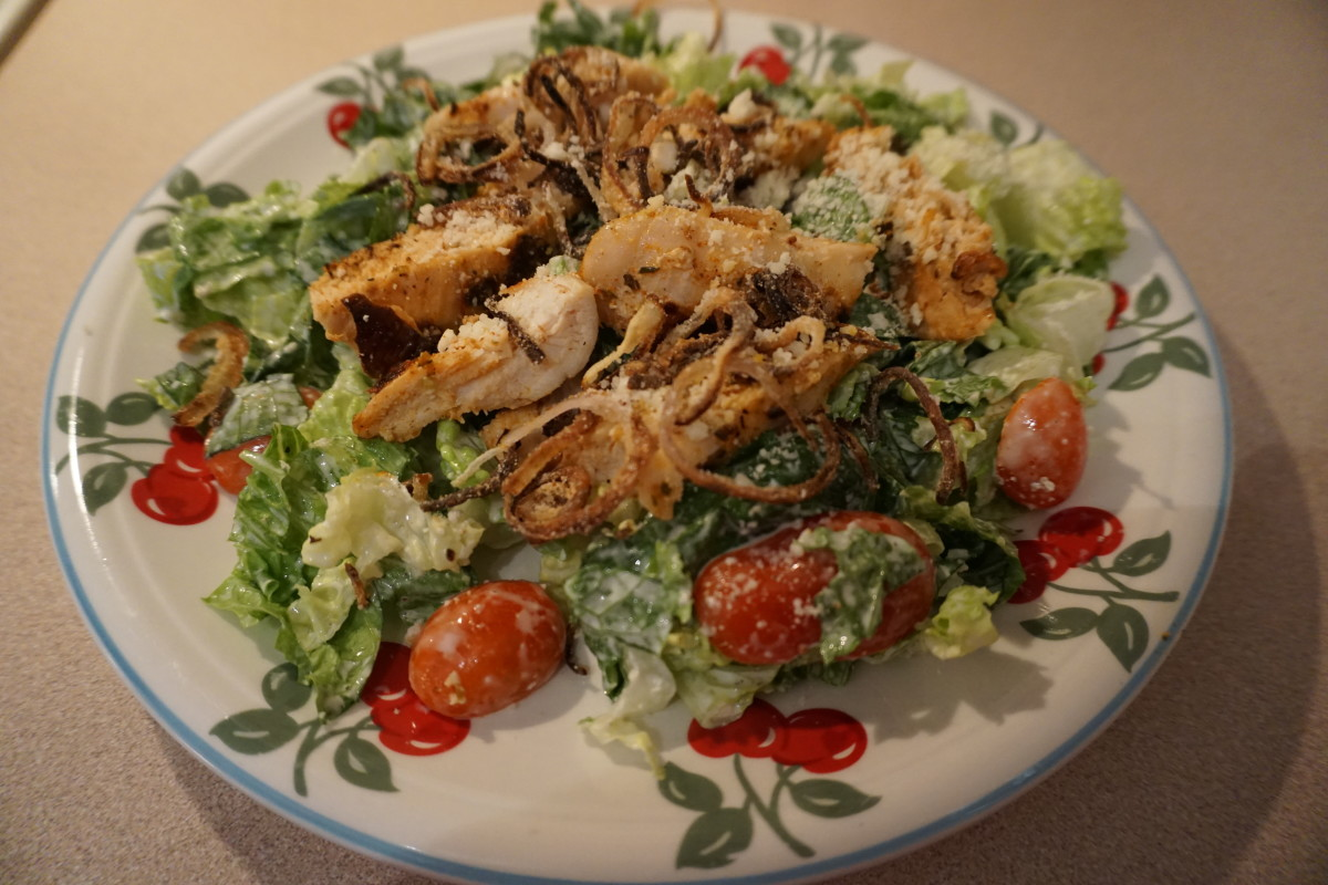 The finished product. This salad was so tasty - I ate both portions in the same day!  Who knew shallots with white rice flour and fried in oil would be so tasty? That is the topping of this salad and added a special flavor to it.