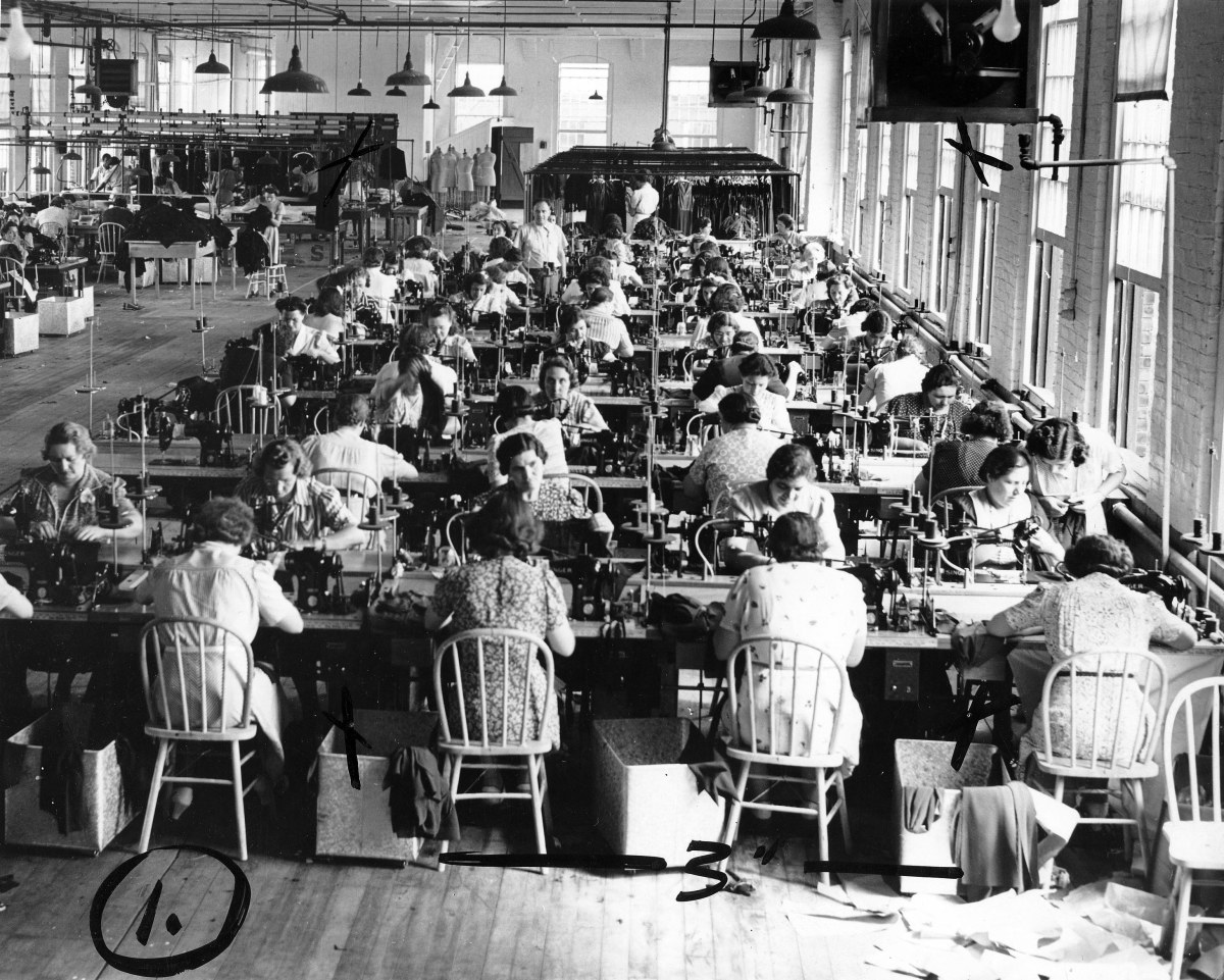 Early textile plant in the U.S.A.
