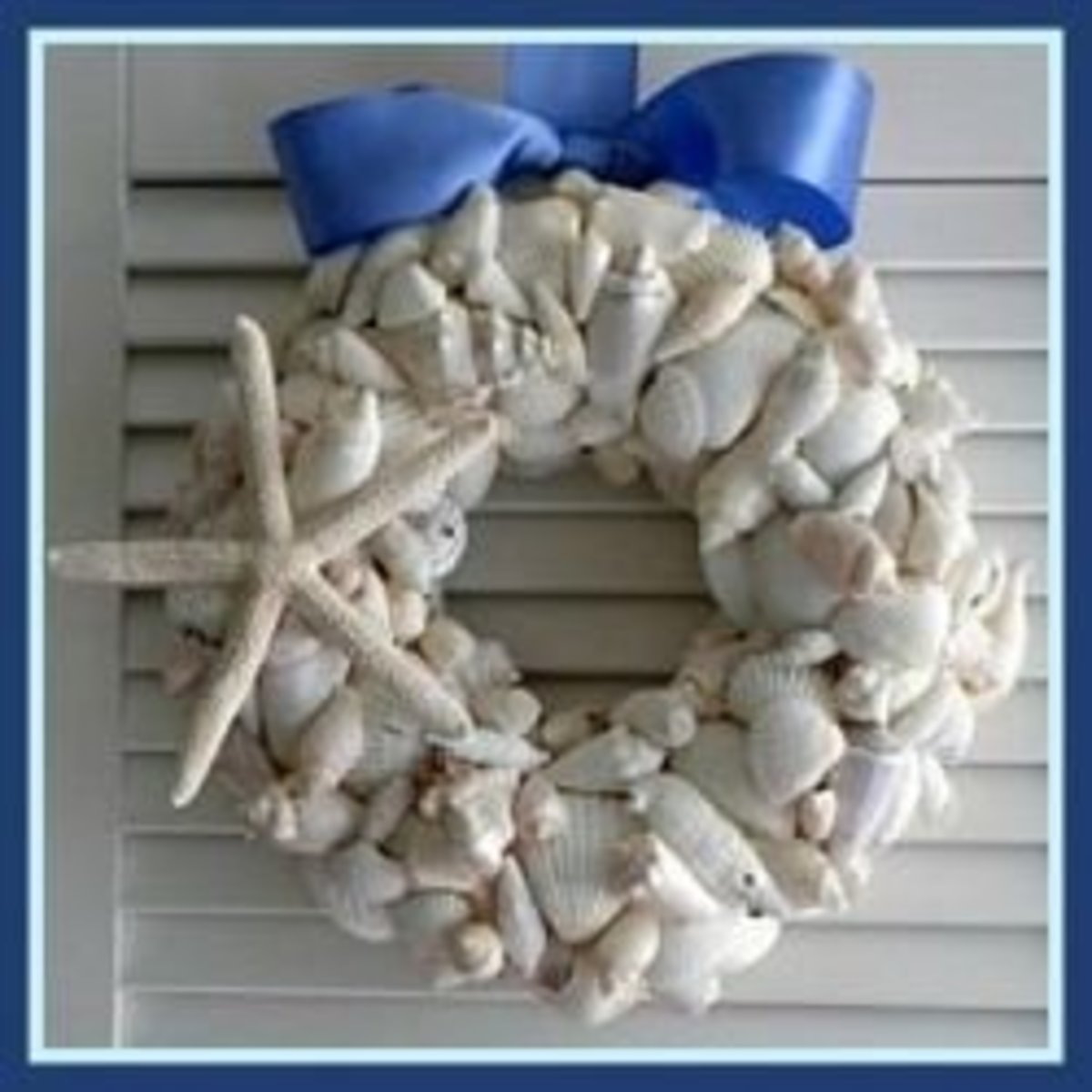 White Seashell Coastal Christmas Décor