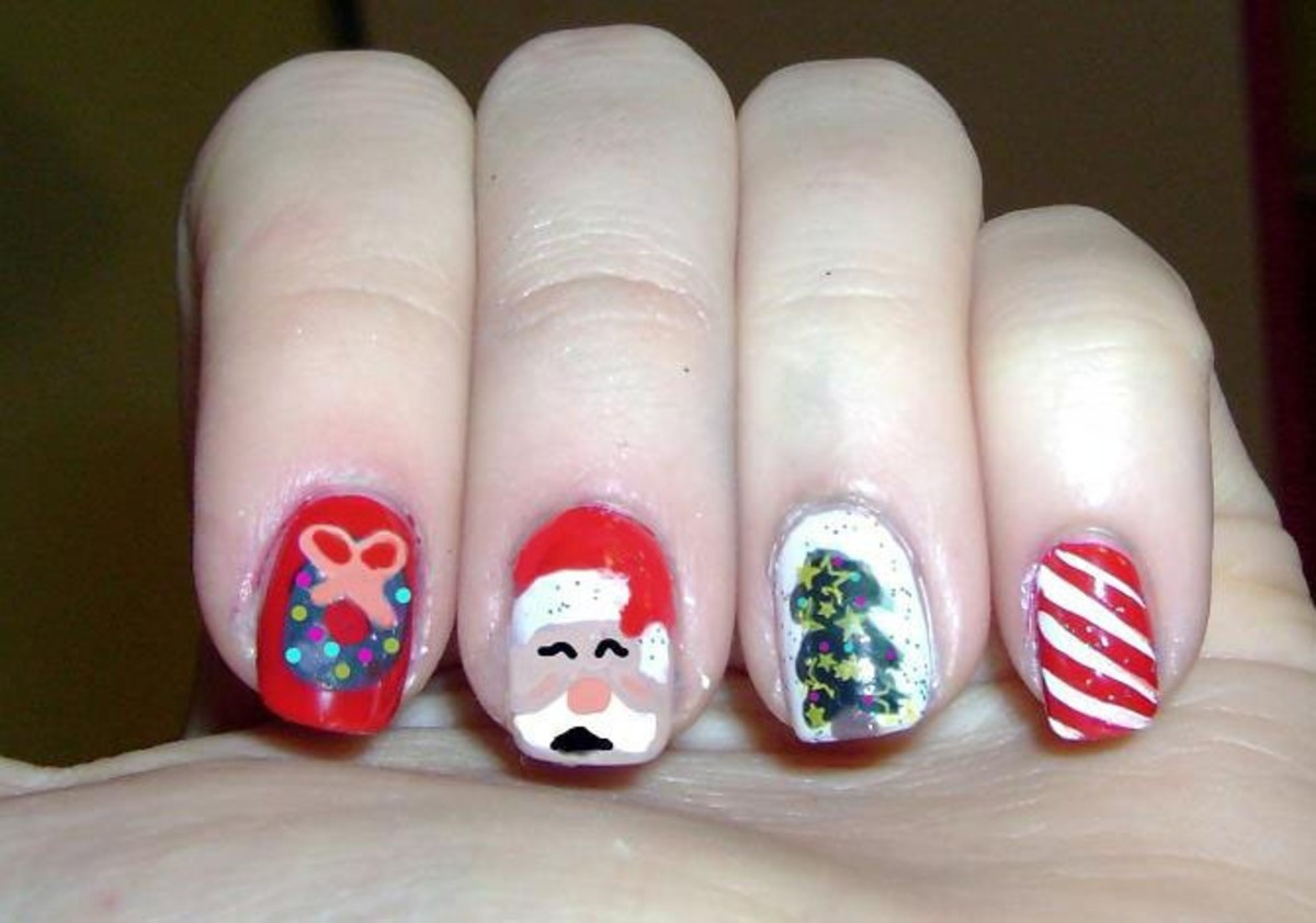 Beautiful Christmas Nail Designs, Tips and Tutorials