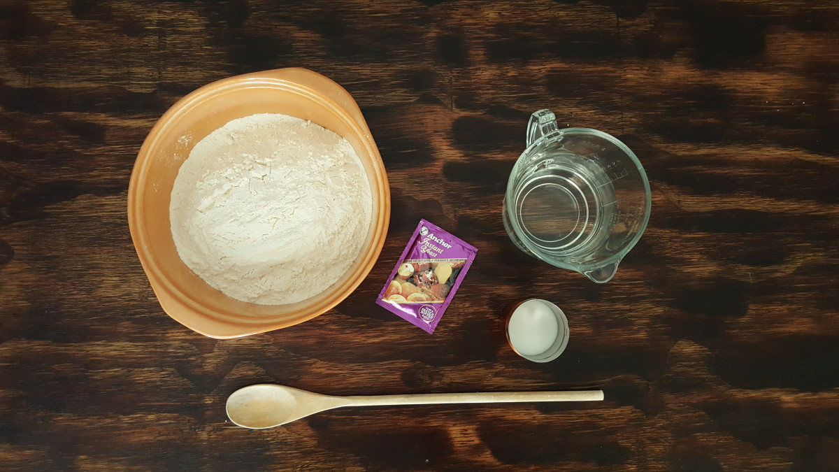 Ingredients required to make easy crusty bread.