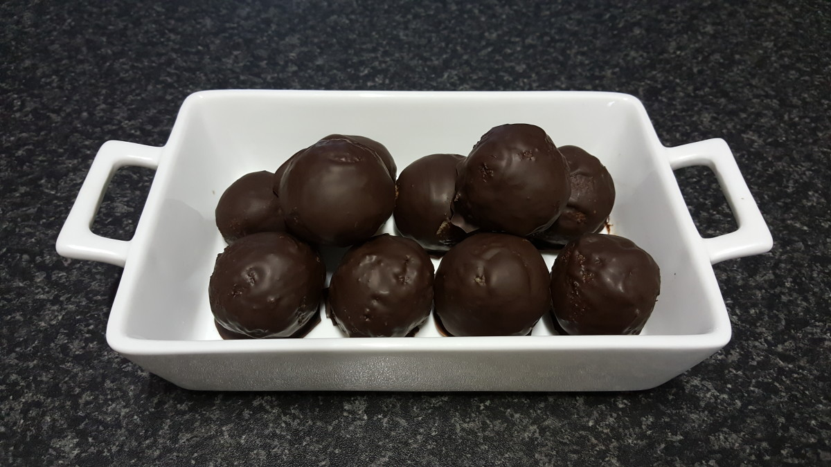 The second batch was doubled up and shaped into protein balls instead.