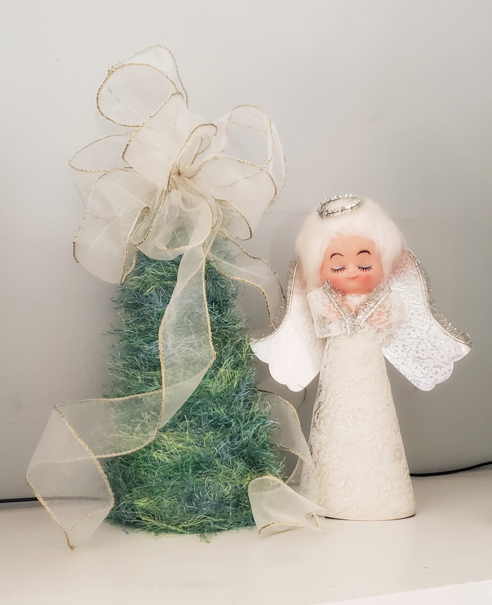 Charming Mini Christmas Tree