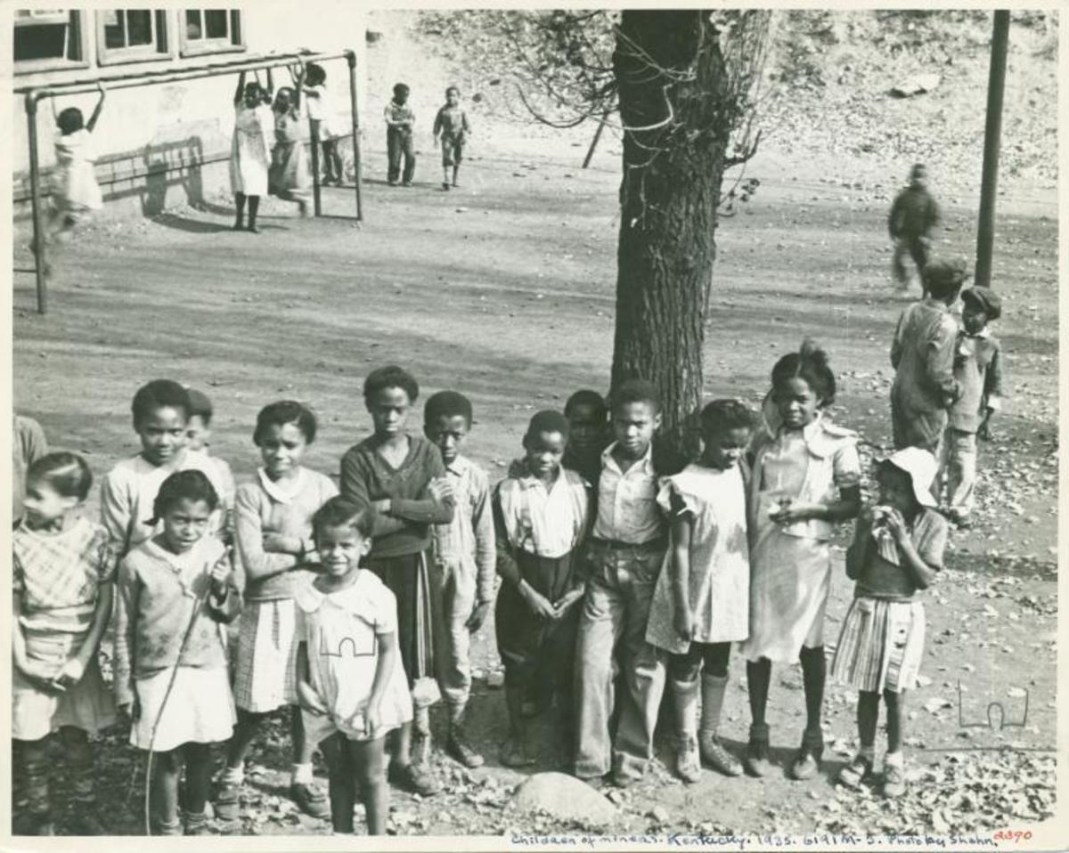 A group of children in 1935.