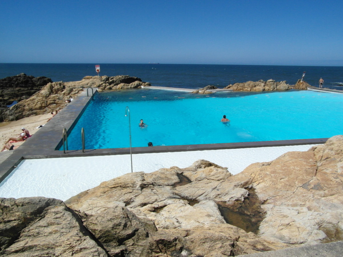 The deep pool at Piscina das Mares, Leca da Palmeira.