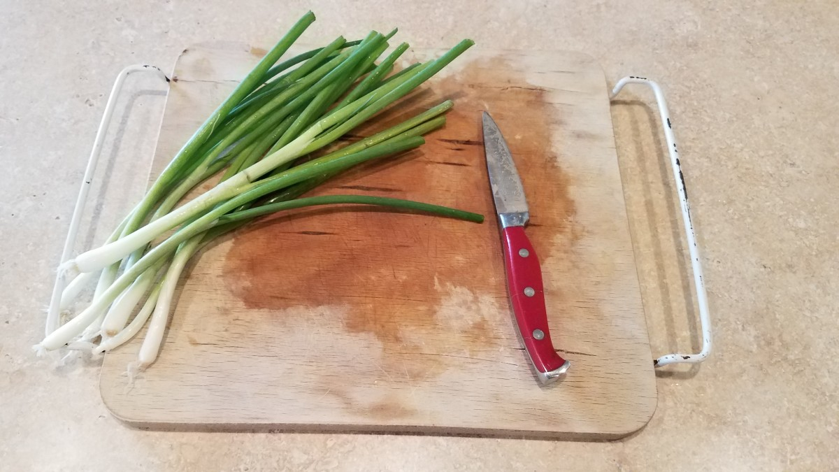 Finally chop your chives.