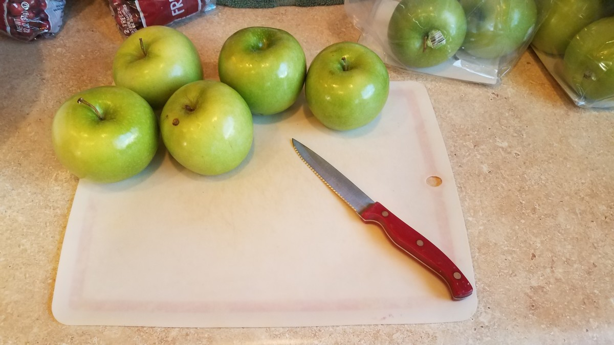 Slice all of your apples in half.