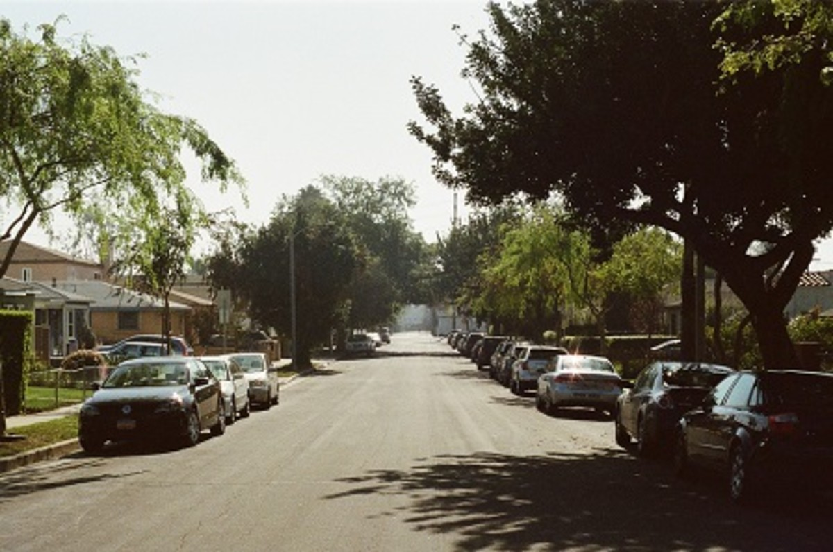 A neighborhood similar to this in East Hammond, Indiana