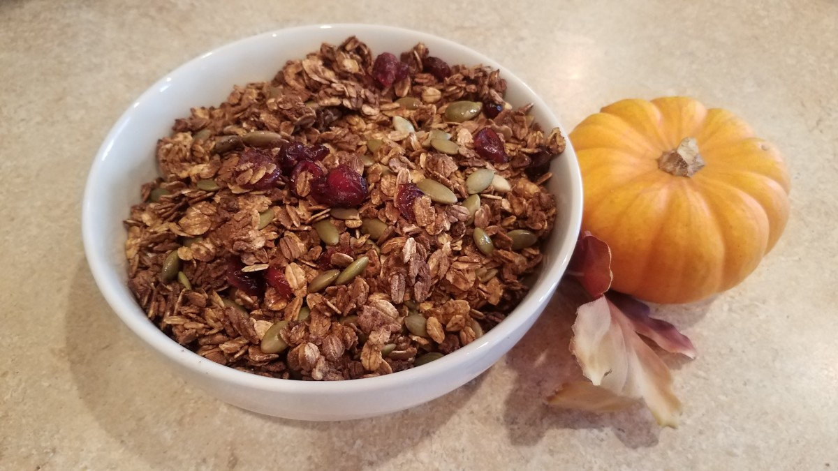 homemade-pumpkin-spice-granola-for-the-fall