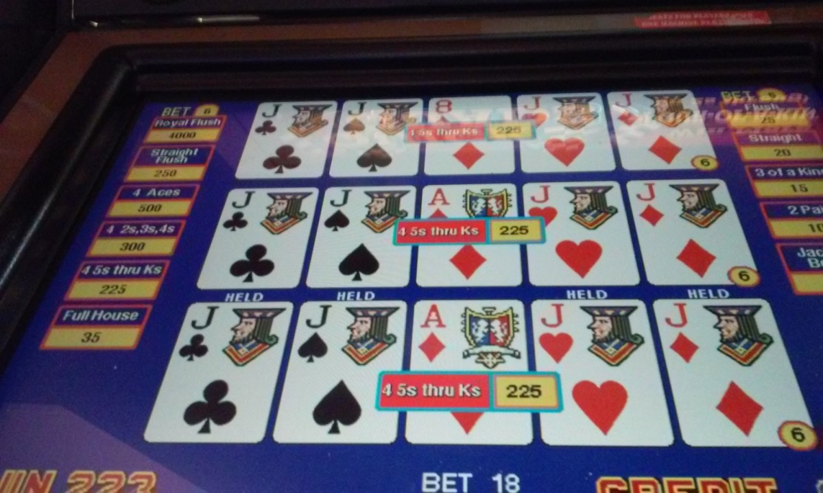 Dealt 4 of a kind - Quick Quads - Bay Mills Casino