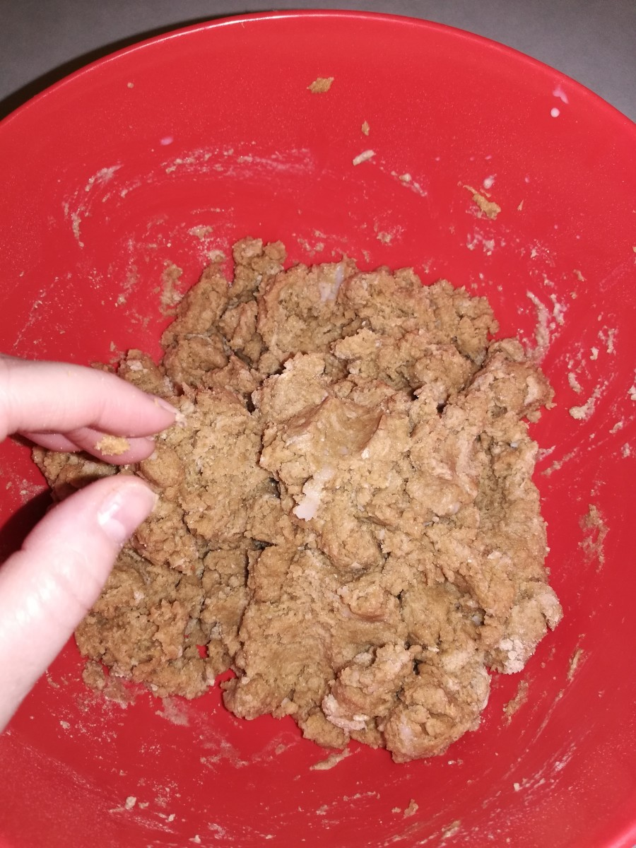 It's ok if it looks like this before you put it on the floured surface.