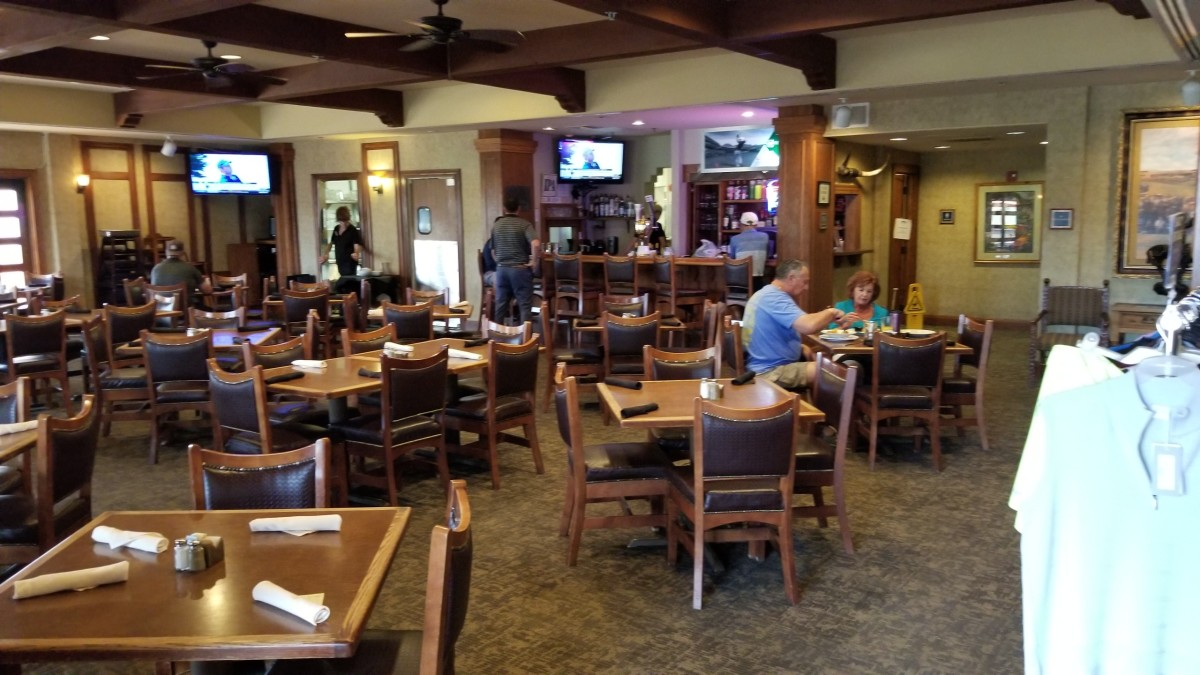 Trail's End Bar & Grill is the on site restaurant that offered great food at reasonable prices along with a professional staff. I was very pleased.