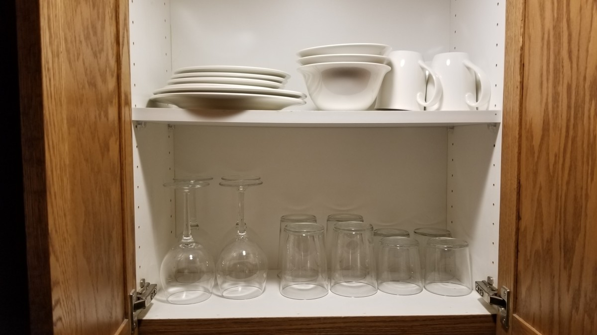 The room came with a full set of utensils, dishes, pots, pans, bowls, sponges, dish towels, paper towels, and every other kitchen tool you could possibly need!