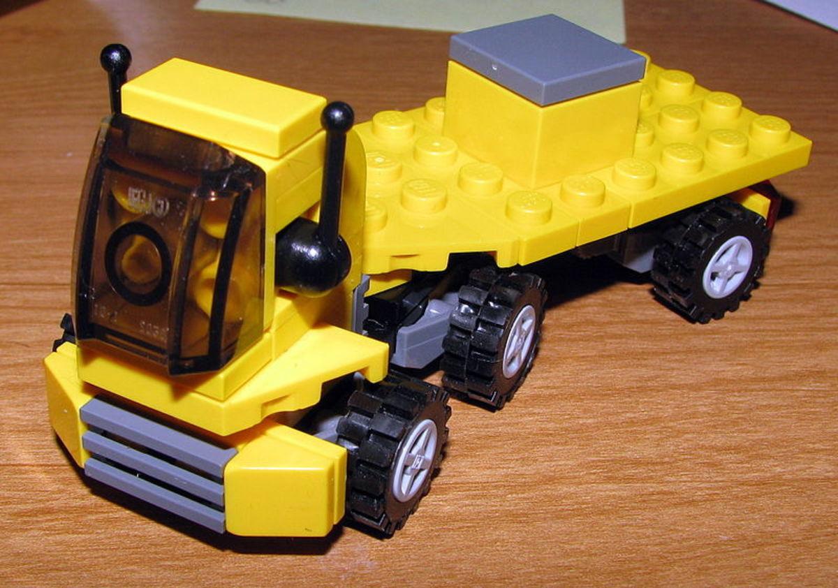 LEGO Truck (CC-BY 2.0)