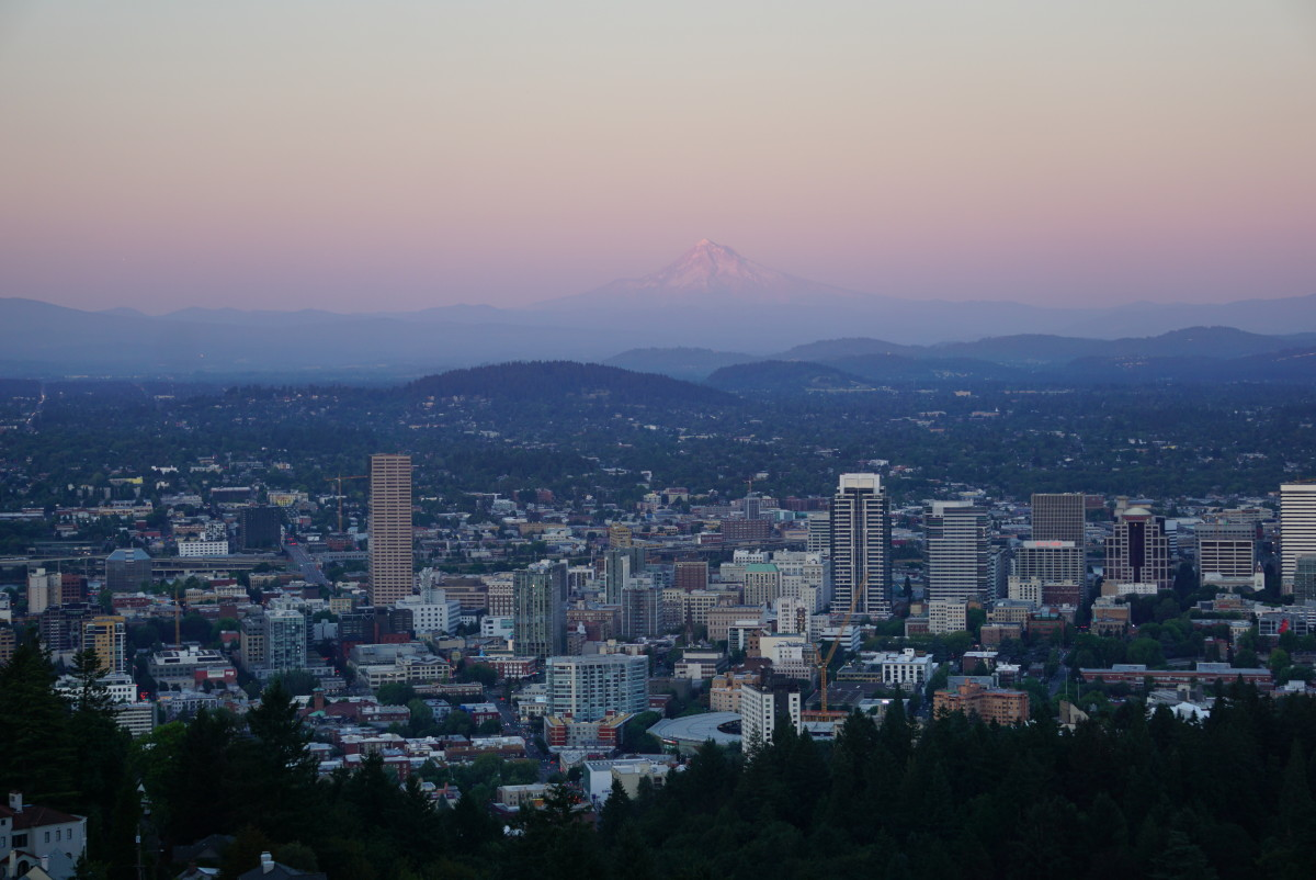 Sunset view from the Pittock Mansion in Portland