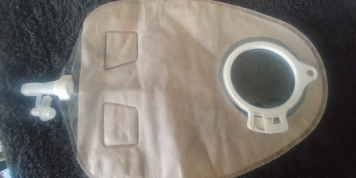 Urine bag - designed to balance the weight of the urine