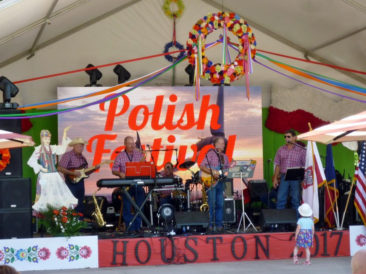 Entertainment at the Polish Festival