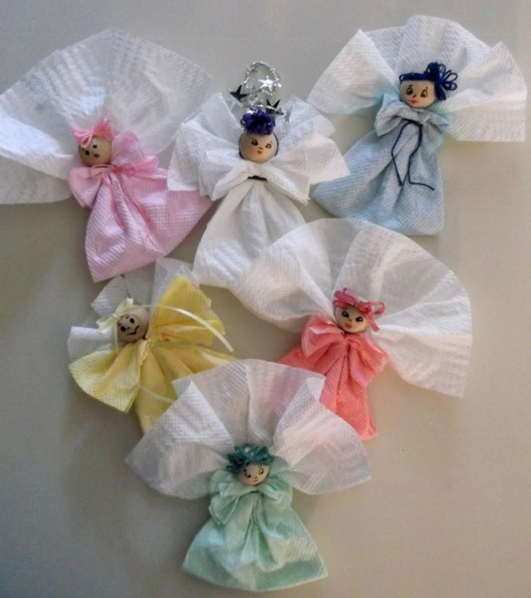 make-doll-ornaments-using-paper-towels