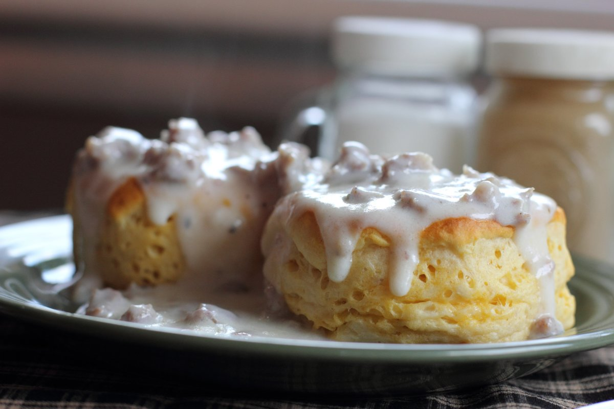 American biscuits and gravy