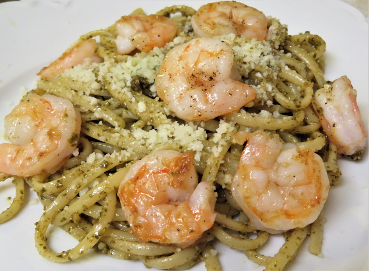 Quick and Easy Pesto Shrimp Linguine Entrée Recipe