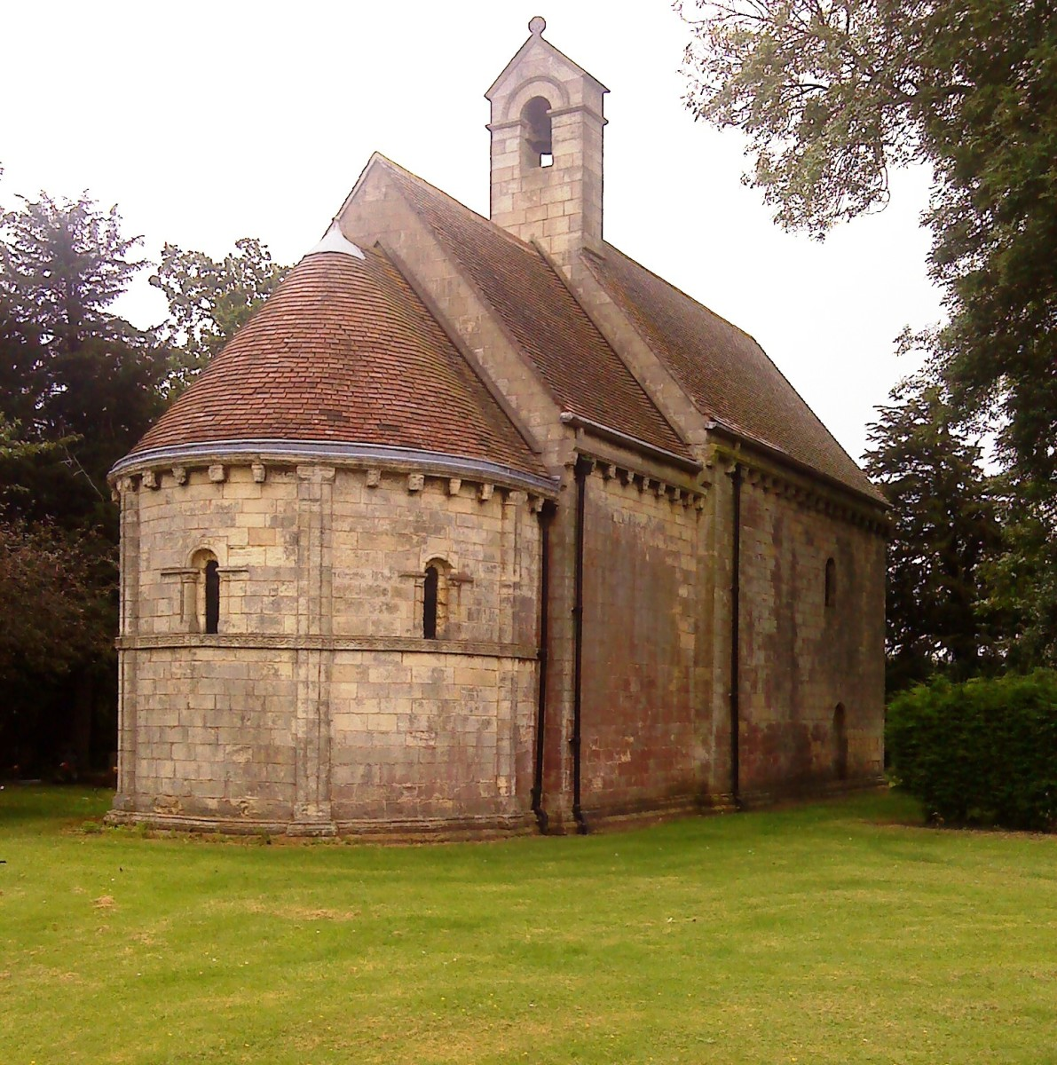 The little chapel in its secluded grounds.