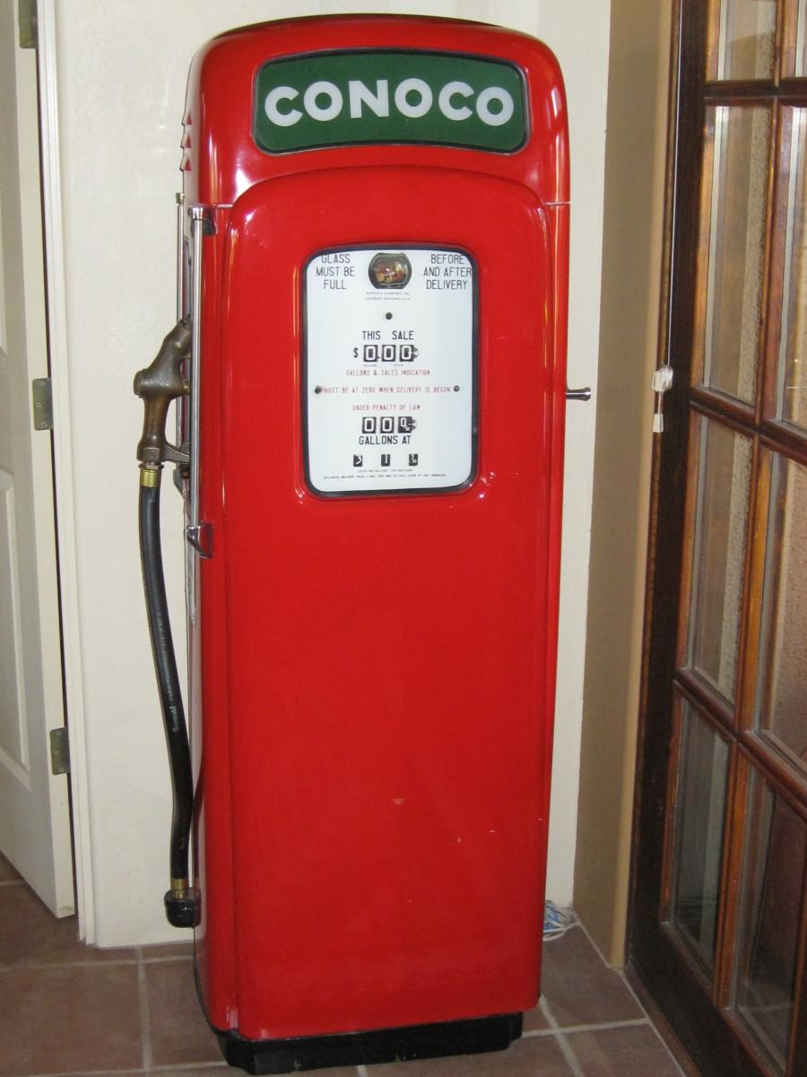 Restored 1950s gas pump