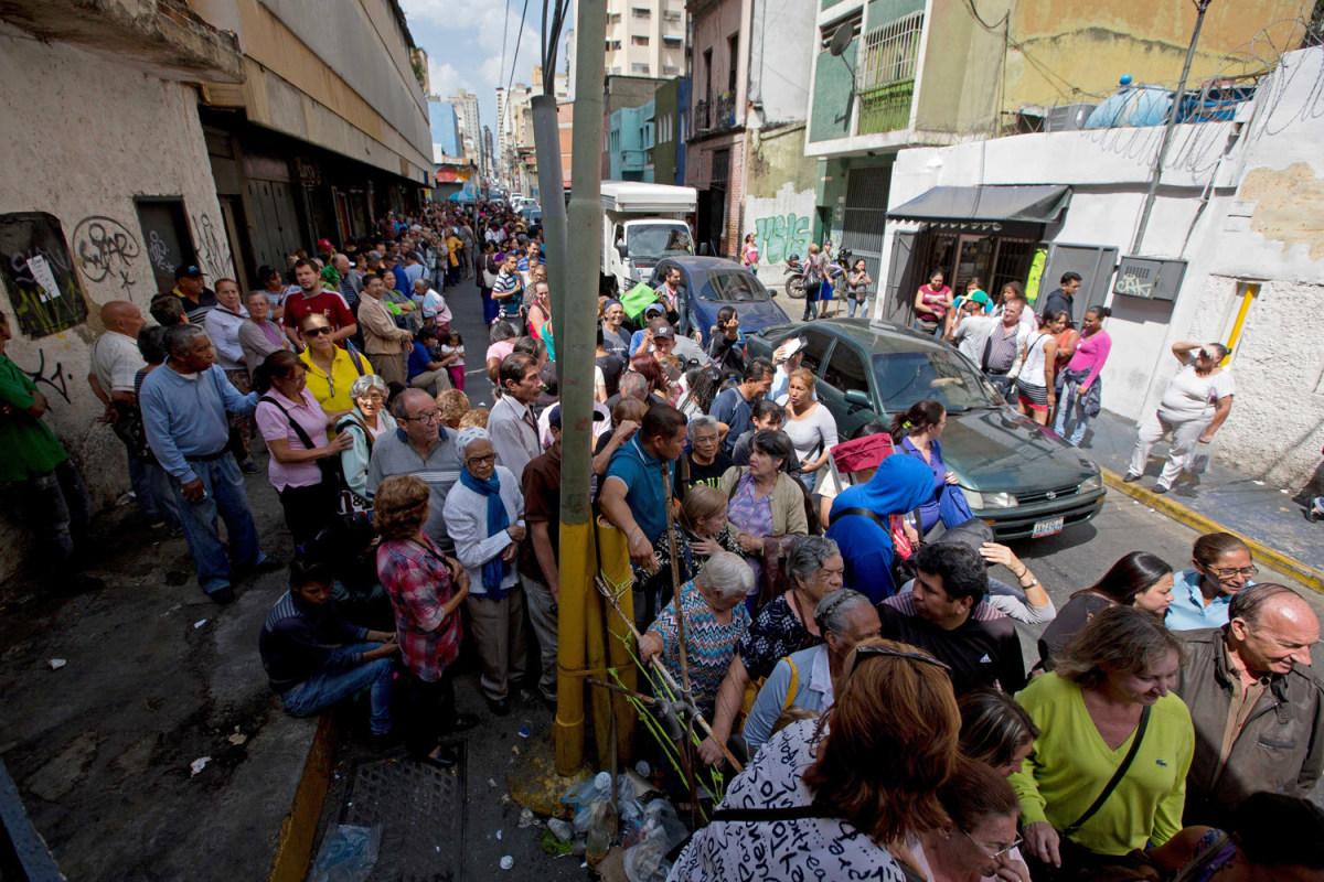 Venezuelan Food Lines